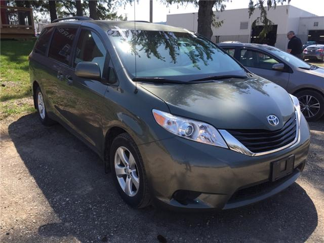 2013 Toyota Sienna LE 8 Passenger (Stk: 18234A) in Walkerton - Image 2 of 4