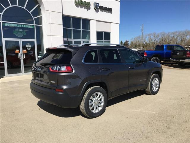 2019 Jeep Cherokee North (Stk: 32061) in Humboldt - Image 2 of 21