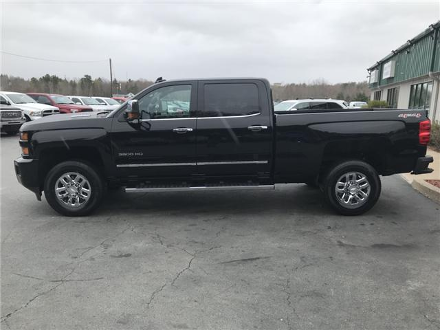2017 Chevrolet Silverado 3500HD LTZ (Stk: 9950) in Lower Sackville - Image 2 of 22