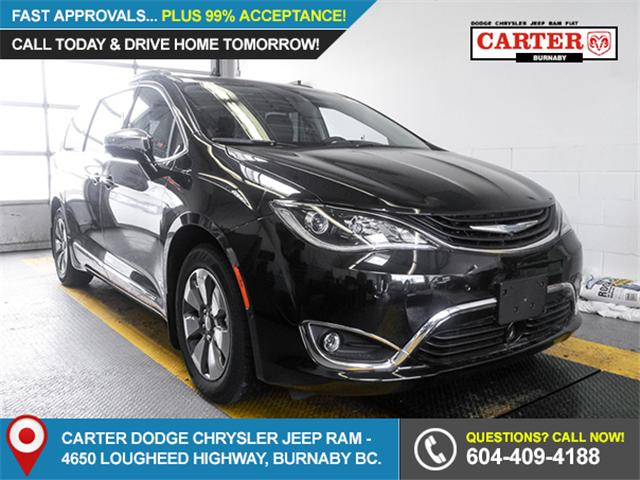 2018 Chrysler Pacifica Hybrid Limited (Stk: W762700) in Burnaby - Image 1 of 6