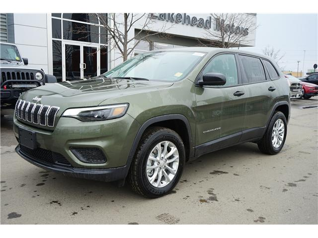 2019 Jeep Cherokee Sport (Stk: 191002) in Thunder Bay - Image 1 of 3
