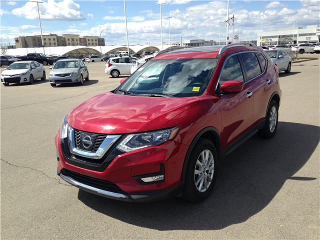 2017 Nissan Rogue SV (Stk: 284087) in Calgary - Image 3 of 15