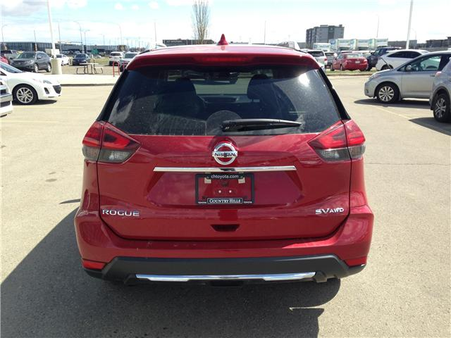 2017 Nissan Rogue SV (Stk: 284087) in Calgary - Image 6 of 15