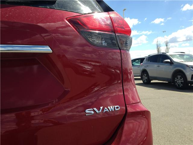 2017 Nissan Rogue SV (Stk: 284087) in Calgary - Image 7 of 15