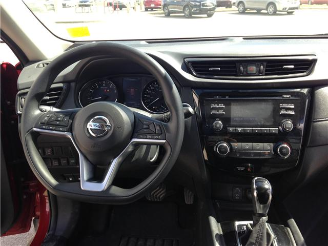 2017 Nissan Rogue SV (Stk: 284087) in Calgary - Image 11 of 15
