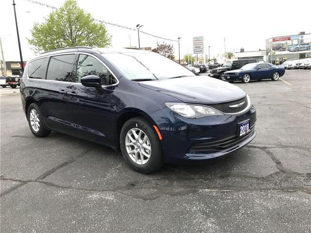 2018 Chrysler Pacifica LX (Stk: 1891) in Windsor - Image 1 of 11