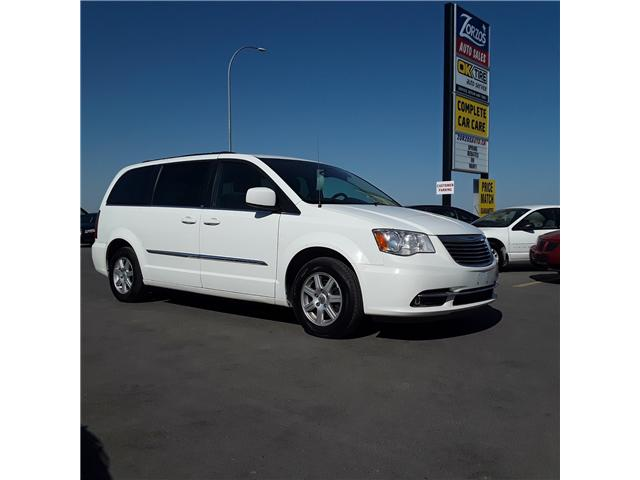 2012 Chrysler Town & Country Touring (Stk: ) in Brandon - Image 1 of 9
