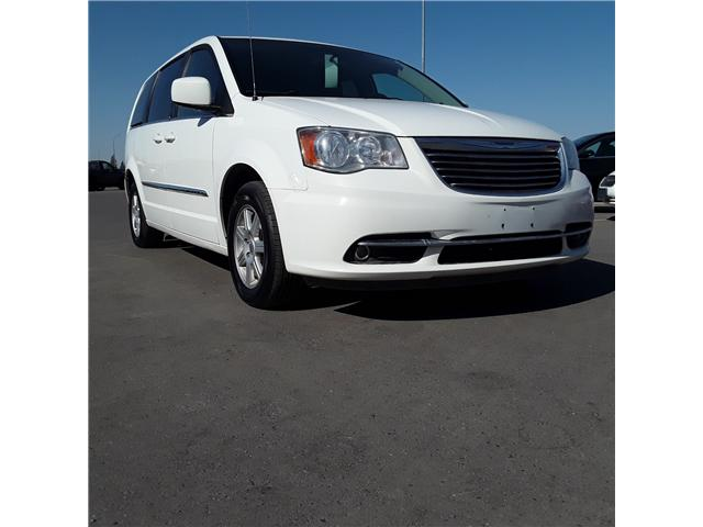 2012 Chrysler Town & Country Touring (Stk: ) in Brandon - Image 2 of 9