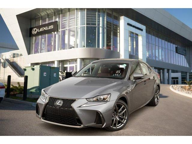 2018 Lexus IS 300 Base (Stk: L18262) in Toronto - Image 1 of 30