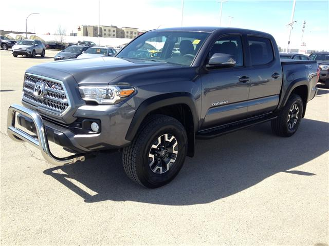 2017 Toyota Tacoma TRD Off Road (Stk: 284065A) in Calgary - Image 3 of 14