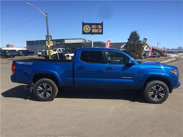2017 Toyota Tacoma  (Stk: 3493) in Thunder Bay - Image 2 of 16