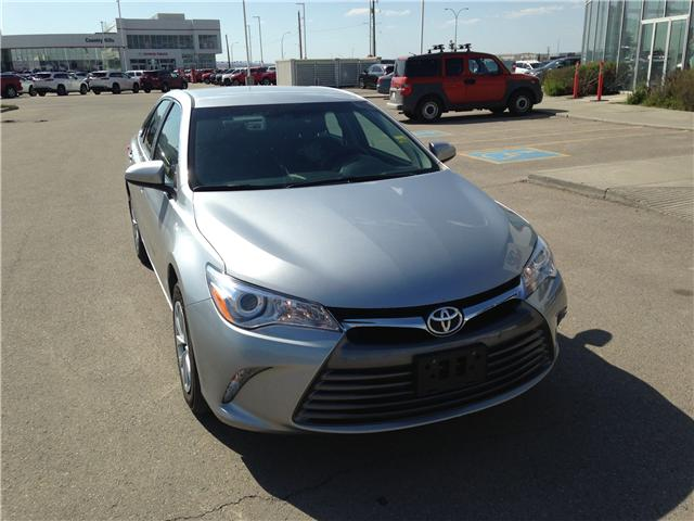 2017 Toyota Camry LE (Stk: 284096) in Calgary - Image 1 of 14