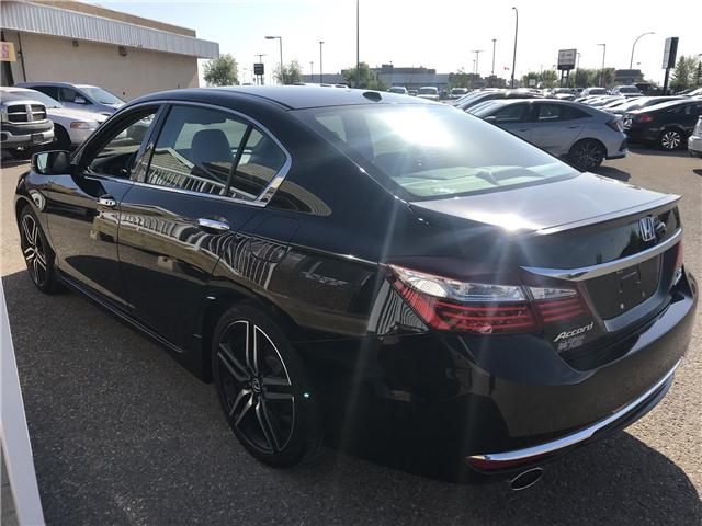 2017 Honda Accord Touring V6 (Stk: B1971) in Lethbridge - Image 11 of 26
