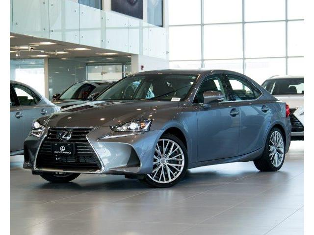 2018 Lexus IS 300 Base (Stk: L18185) in Toronto - Image 1 of 30
