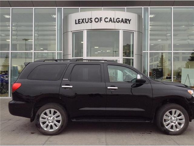 2017 Toyota Sequoia Platinum 5.7L V8 (Stk: 180437A) in Calgary - Image 1 of 17