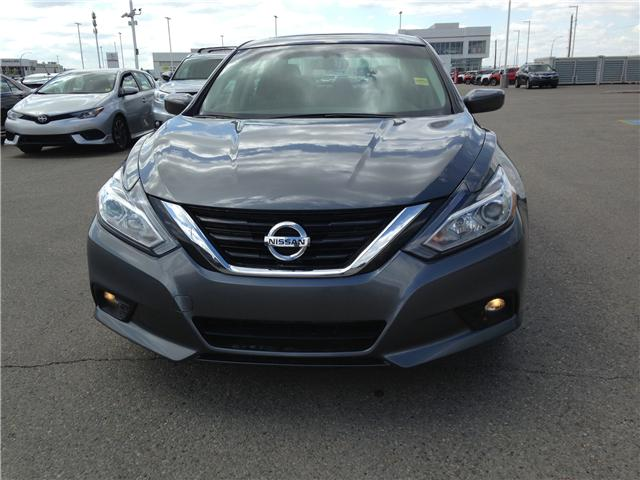 2017 Nissan Altima  (Stk: 284100) in Calgary - Image 2 of 14