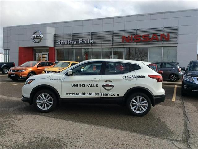 2017 Nissan Qashqai SV (Stk: 17-427) in Smiths Falls - Image 1 of 13