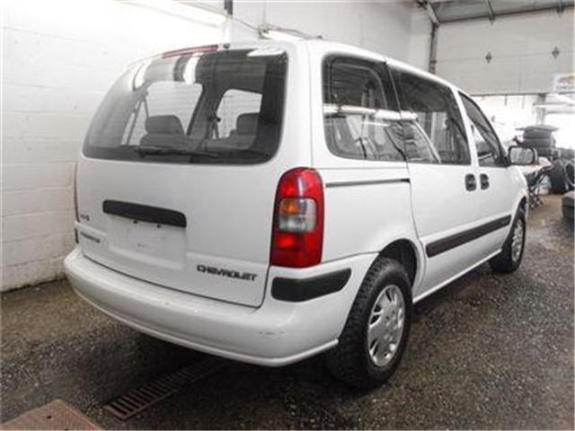 2004 Chevrolet Venture Value (Stk: P9-54910) in Burnaby - Image 2 of 20