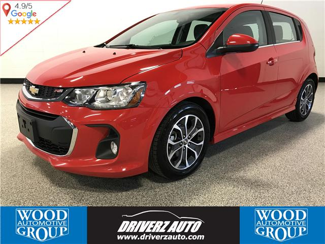 2017 Chevrolet Sonic LT Auto (Stk: P11550) in Calgary - Image 1 of 11