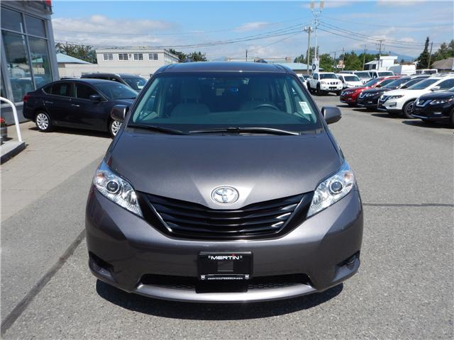 2017 Toyota Sienna L (Stk: N18-0044P) in Chilliwack - Image 2 of 20