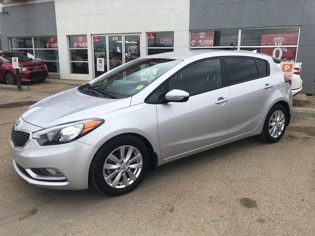 2016 Kia Forte 2.0L LX+ (Stk: B4009) in Prince Albert - Image 1 of 10