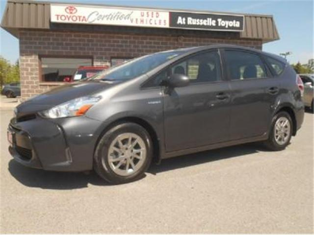 2017 Toyota Prius v Base (Stk: U7204) in Peterborough - Image 1 of 9