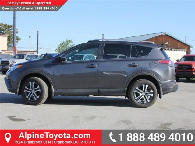 2017 Toyota RAV4 LE (Stk: W578512M) in Cranbrook - Image 2 of 19