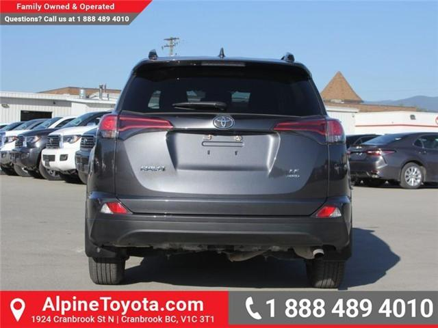 2017 Toyota RAV4 LE (Stk: W578512M) in Cranbrook - Image 4 of 19