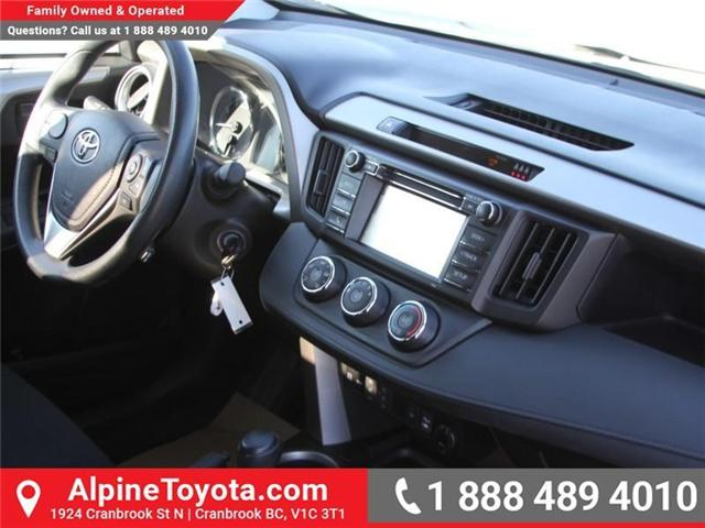 2017 Toyota RAV4 LE (Stk: W578512M) in Cranbrook - Image 10 of 19