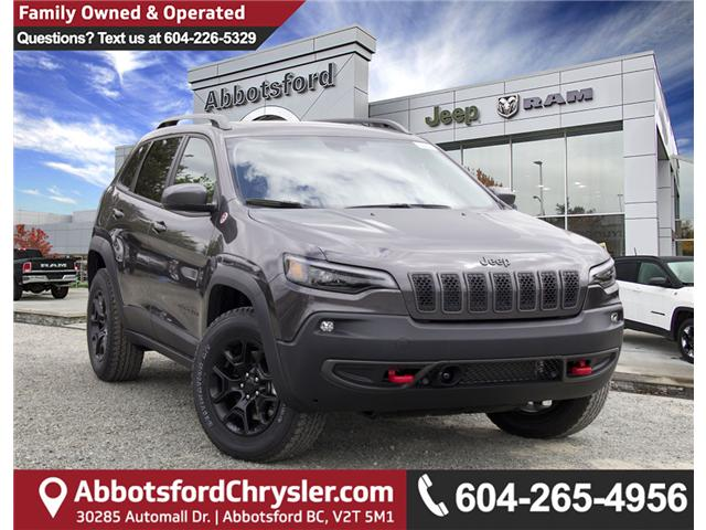 2019 Jeep Cherokee Trailhawk (Stk: K183622) in Abbotsford - Image 1 of 28