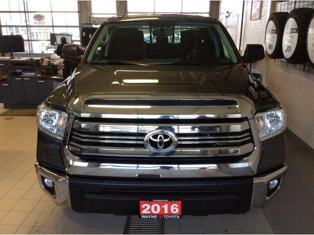 2016 Toyota Tundra  (Stk: 10796) in Thunder Bay - Image 2 of 24
