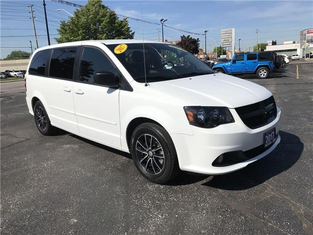 2017 Dodge Grand Caravan SXT DVD ES 3.6L Navigation (Stk: 44491) in Windsor - Image 1 of 11