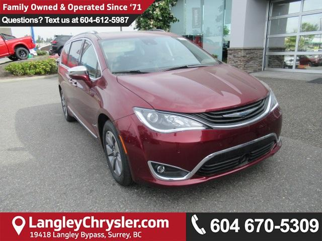 2018 Chrysler Pacifica Hybrid Limited (Stk: J118521) in Surrey - Image 1 of 19