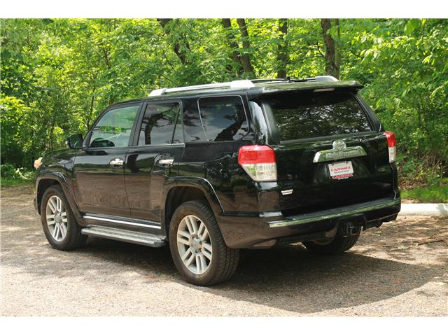 2010 Toyota 4Runner SR5 V6 (Stk: 1712622) in Waterloo - Image 2 of 28