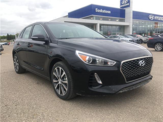 2018 Hyundai Elantra GT GLS (Stk: 38107) in Saskatoon - Image 1 of 17