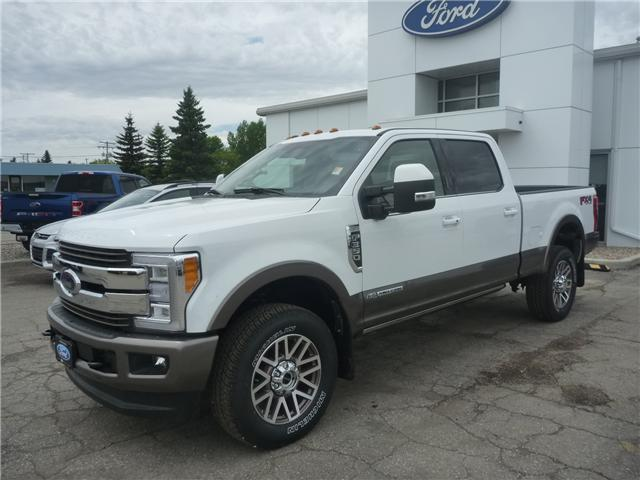 2018 Ford F-350 King Ranch (Stk: 8210) in Wilkie - Image 1 of 33