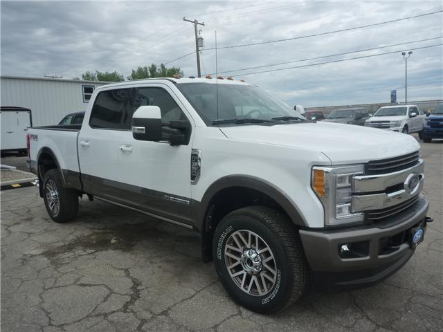 2018 Ford F-350 King Ranch (Stk: 8210) in Wilkie - Image 2 of 33