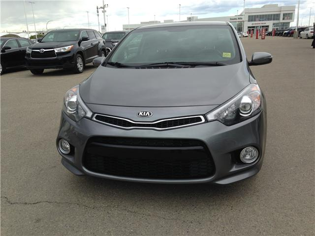 2016 Kia Forte Koup 2.0L EX (Stk: 2801198A) in Calgary - Image 2 of 11