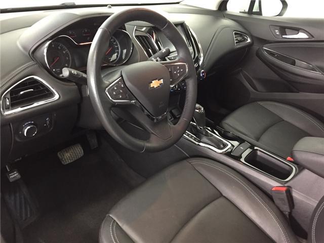 2018 Chevrolet Cruze Premier Auto (Stk: 32818EW) in Belleville - Image 16 of 24