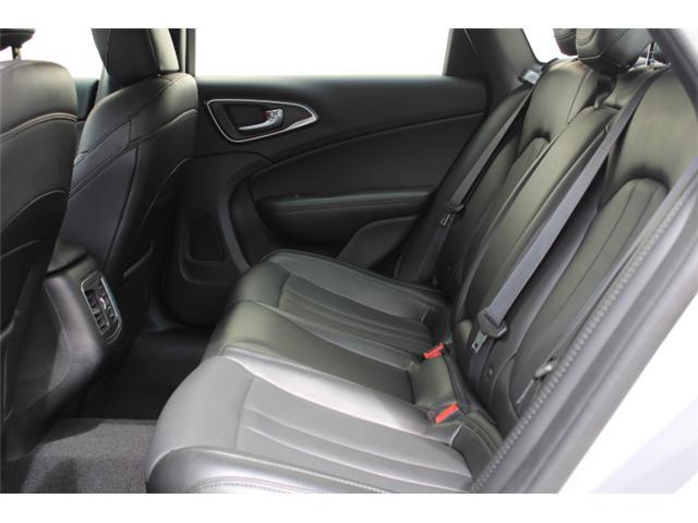 2016 Chrysler 200 C (Stk: N194619A) in Courtenay - Image 6 of 28