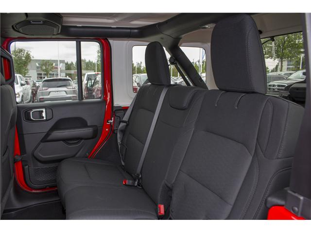 2018 Jeep Wrangler Unlimited Sahara (Stk: J153696) in Abbotsford - Image 13 of 26