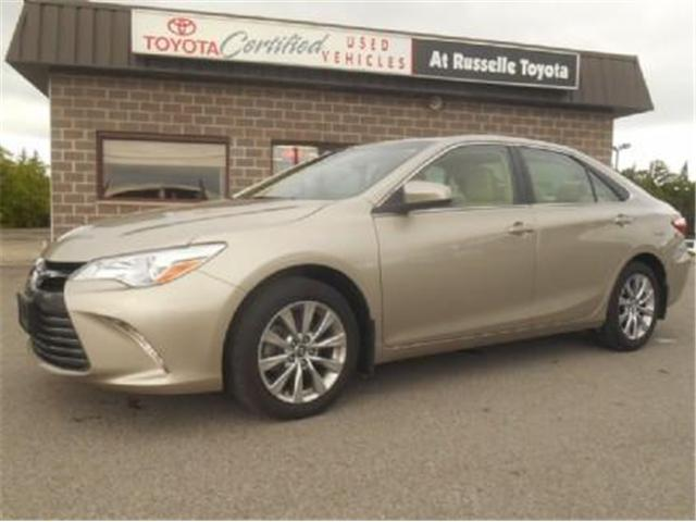 2016 Toyota Camry XLE V6 (Stk: U7186) in Peterborough - Image 1 of 10