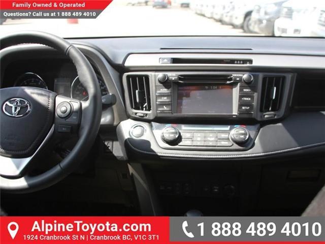 2018 Toyota RAV4  (Stk: W732336) in Cranbrook - Image 9 of 17