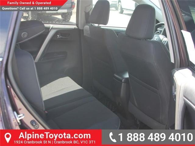 2018 Toyota RAV4  (Stk: W732336) in Cranbrook - Image 11 of 17