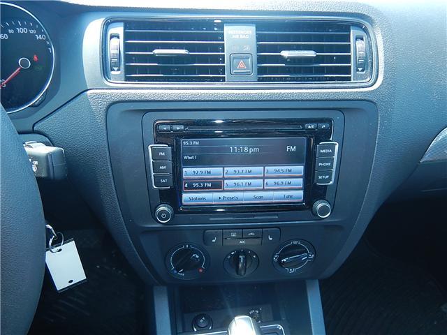 2015 Volkswagen Jetta 2.0L Trendline+ (Stk: VW0693) in Surrey - Image 10 of 25