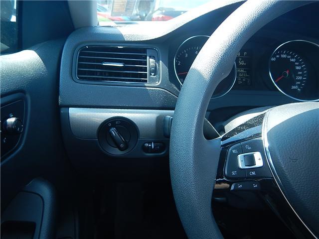 2015 Volkswagen Jetta 2.0L Trendline+ (Stk: VW0693) in Surrey - Image 7 of 25