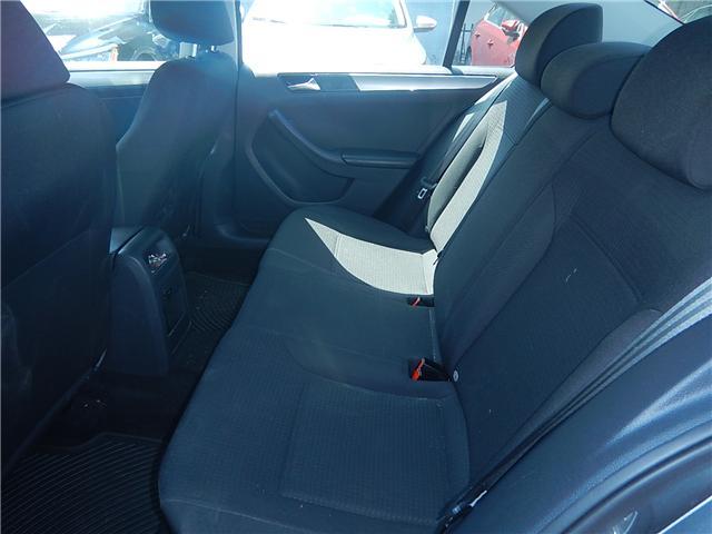 2015 Volkswagen Jetta 2.0L Trendline+ (Stk: VW0693) in Surrey - Image 18 of 25