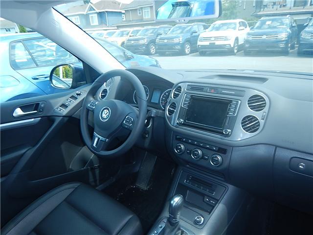 2017 Volkswagen Tiguan Comfortline (Stk: VW0694) in Surrey - Image 18 of 26