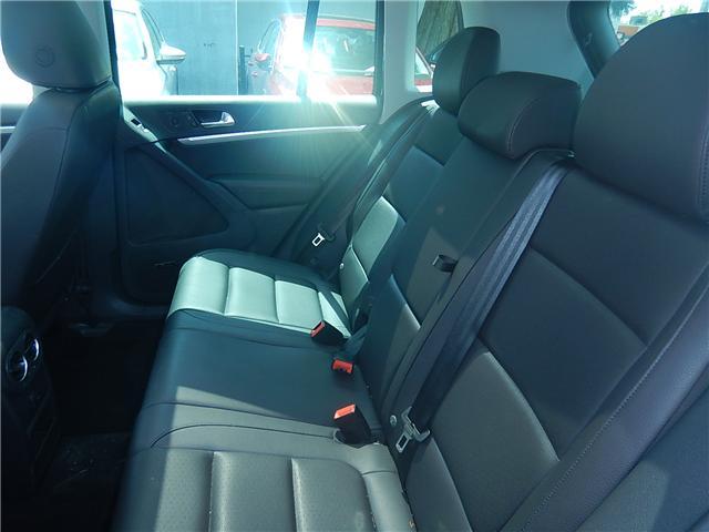 2017 Volkswagen Tiguan Comfortline (Stk: VW0694) in Surrey - Image 21 of 26
