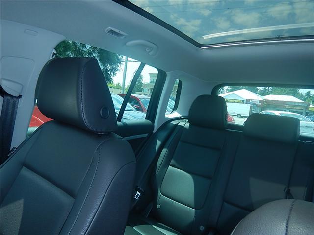 2017 Volkswagen Tiguan Comfortline (Stk: VW0694) in Surrey - Image 17 of 26